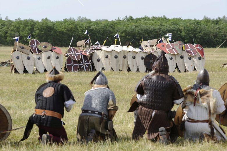 Több mint ezer hagyományõrzõ harcos emlékezett a pozsonyi c