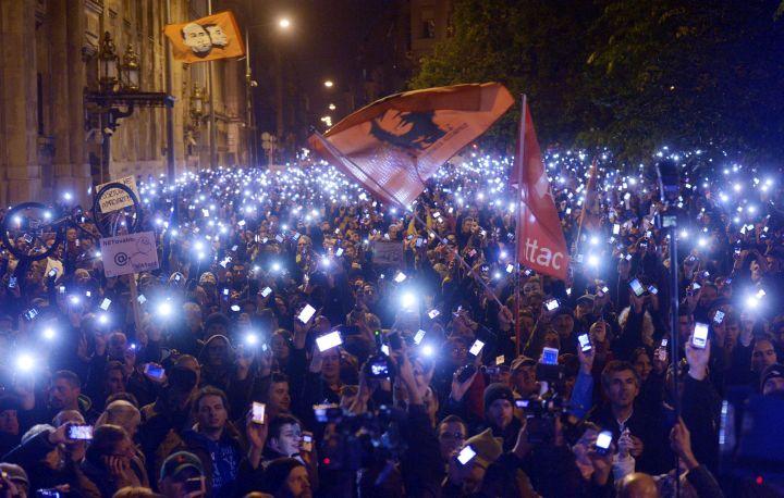 Internetadó - Tüntetés az internetadó bevezetése ellen Buda