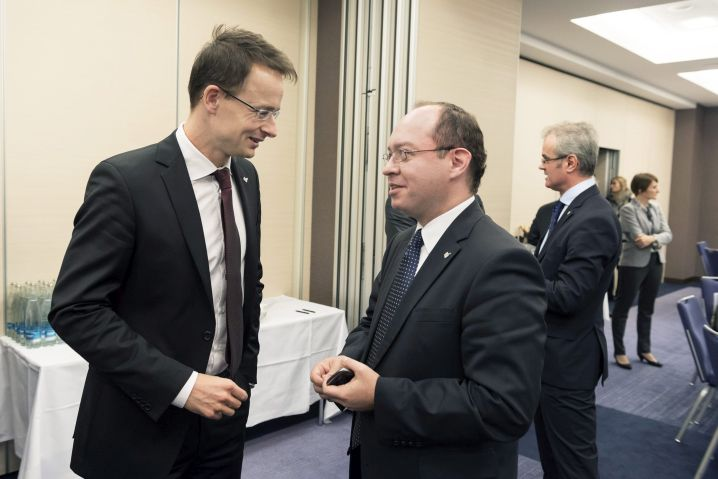 Szijjártó Péter; AURESCU, Bogdan
