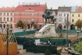 Korcsolyapálya épül a kolozsvári Mátyás-szoborcsoport kör